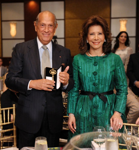 Oscar de la Renta and Melba Grullon