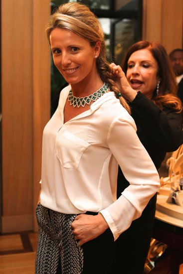 Marta Olloqui wearing a Chopard emerald and diamond necklace