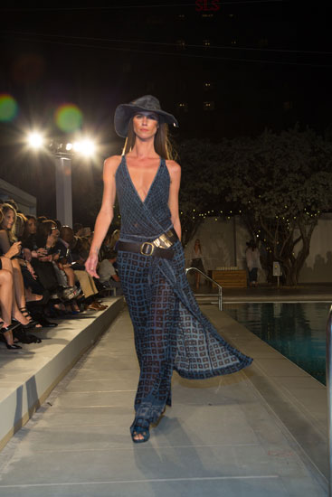 A Look from Donna Karan´s Spring 2014 collection