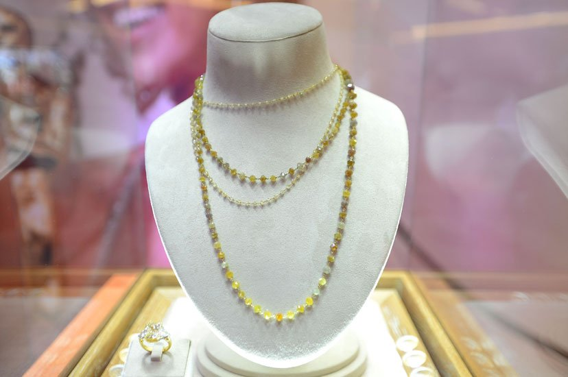 Marion Cotillard´s red carpet jewelry worn at the 2008 Oscars