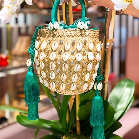 aquazzura-escapes-bag