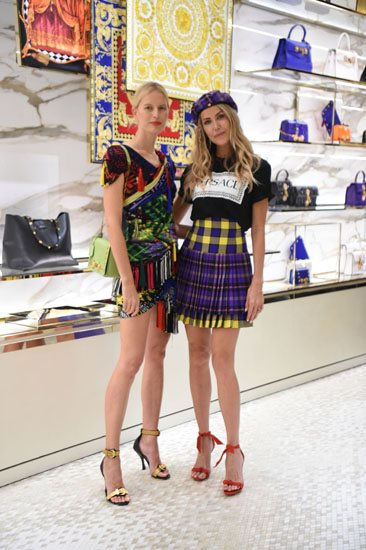 Karolina Kurkova and Martha Graeff