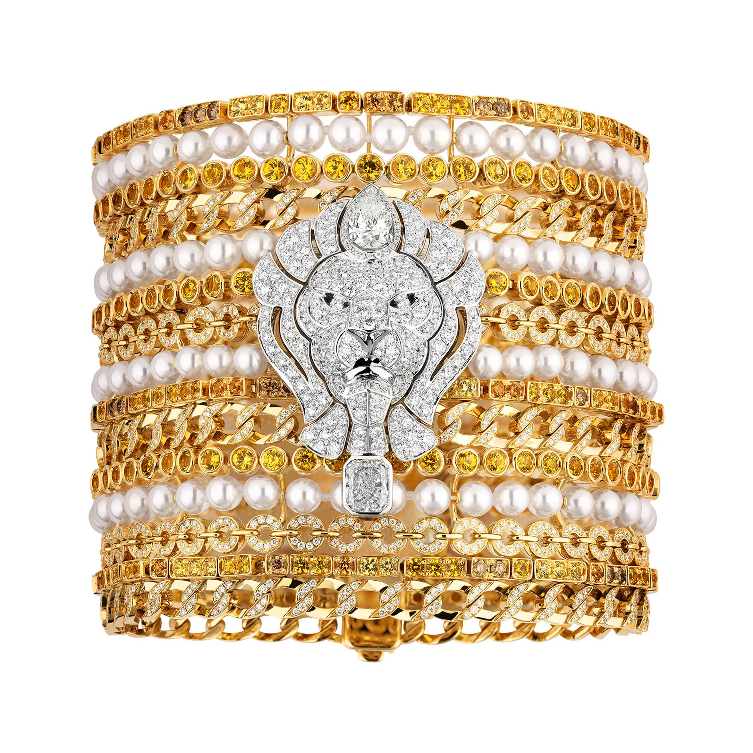 Chanel High Jewelry cuff in 18k white and yellow gold from the L'Esprit du Lion collection