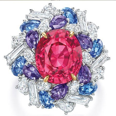 Harry Winston high jewelry ring from the candy collection