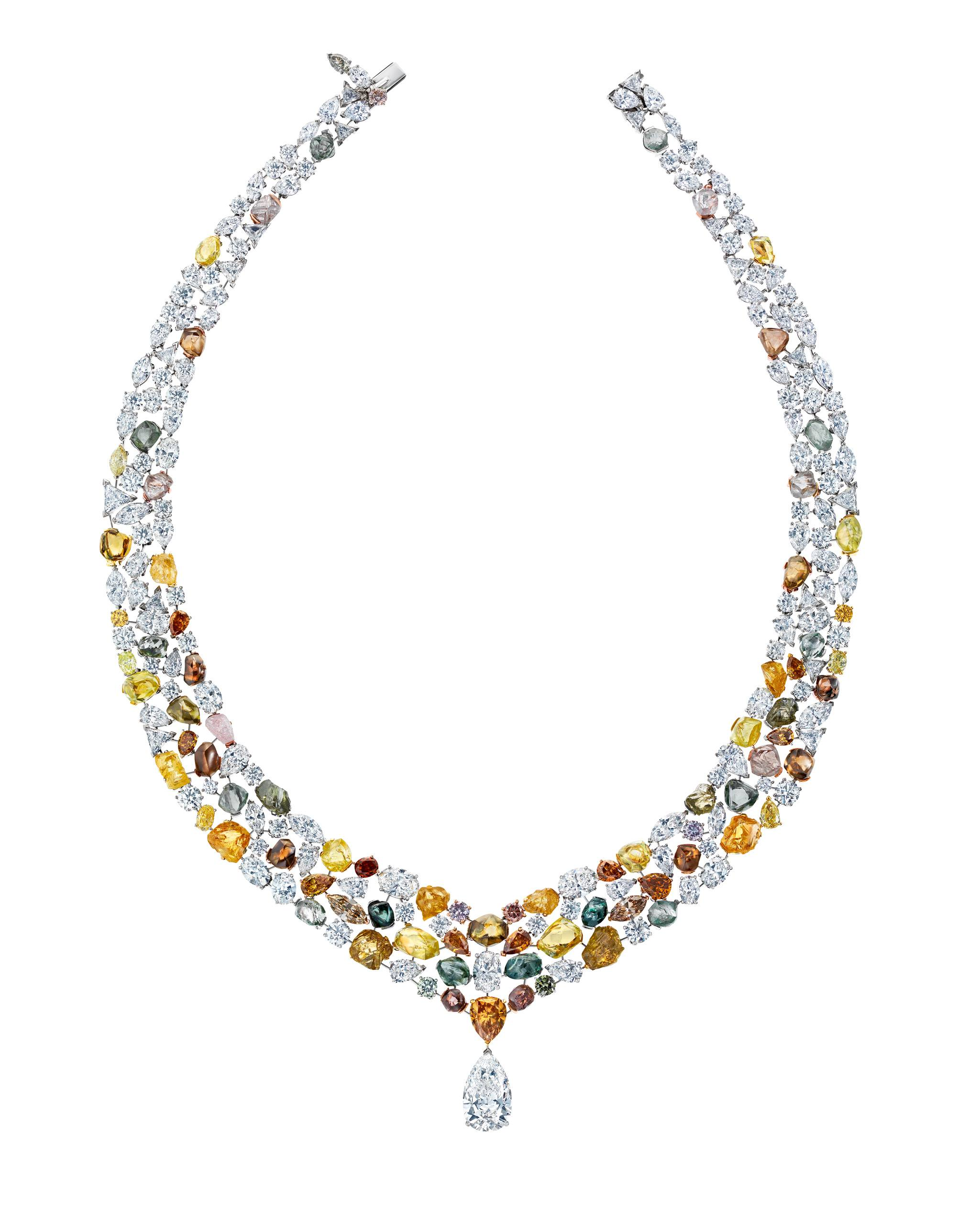 de beers soothing lotus necklace