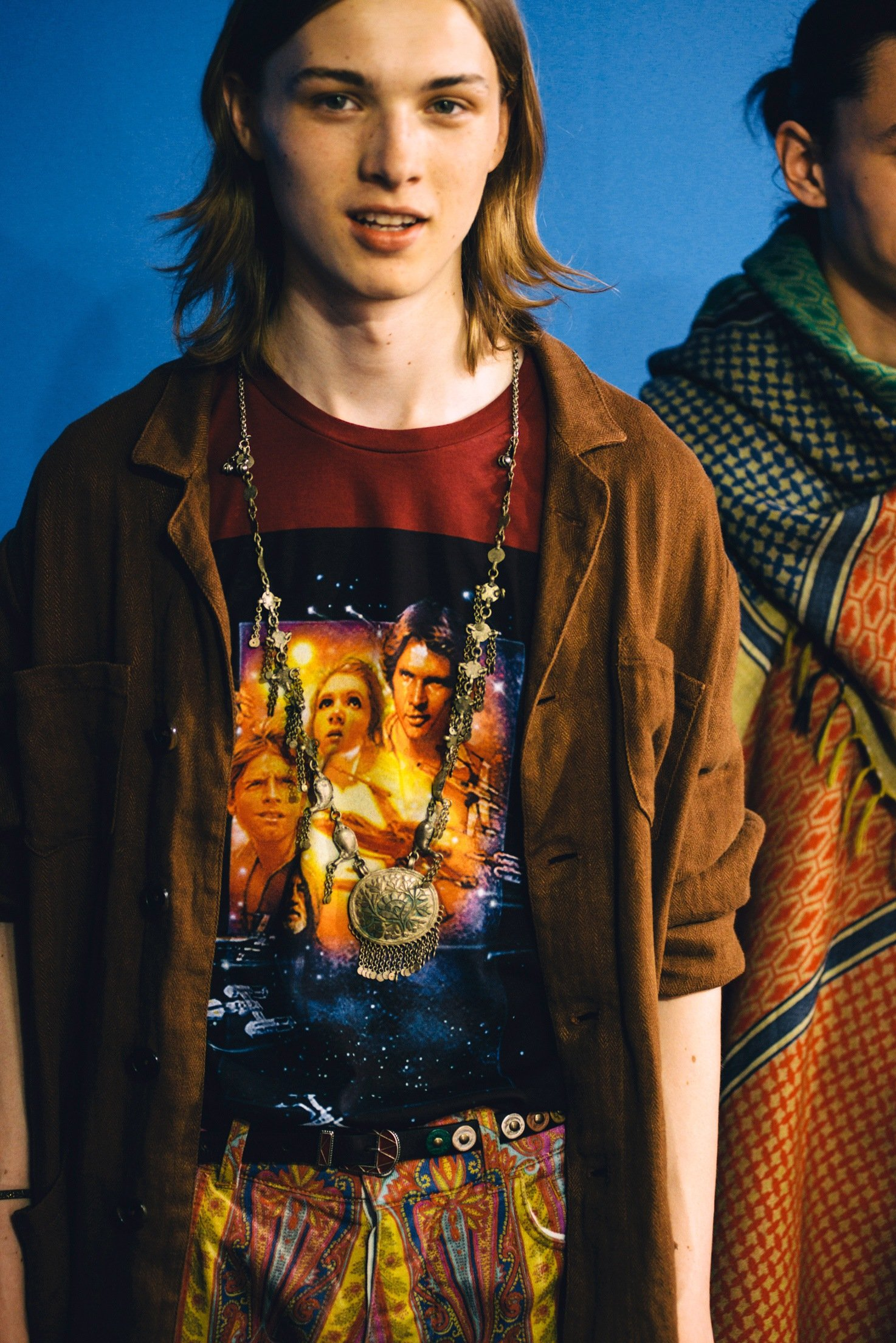 "This ETRO X STAR WARS cotton T-shirt is adorned with a vintage print from the film series inspired to the first movie ""STAR WARS Episode IV: A New Hope"" and features the Pegaso logo – the brand's symbol – on the back."