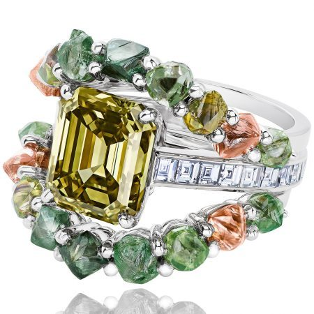 De Beers Knysna Chameleon Ring from the Portraits of Nature High Jewellery Collection