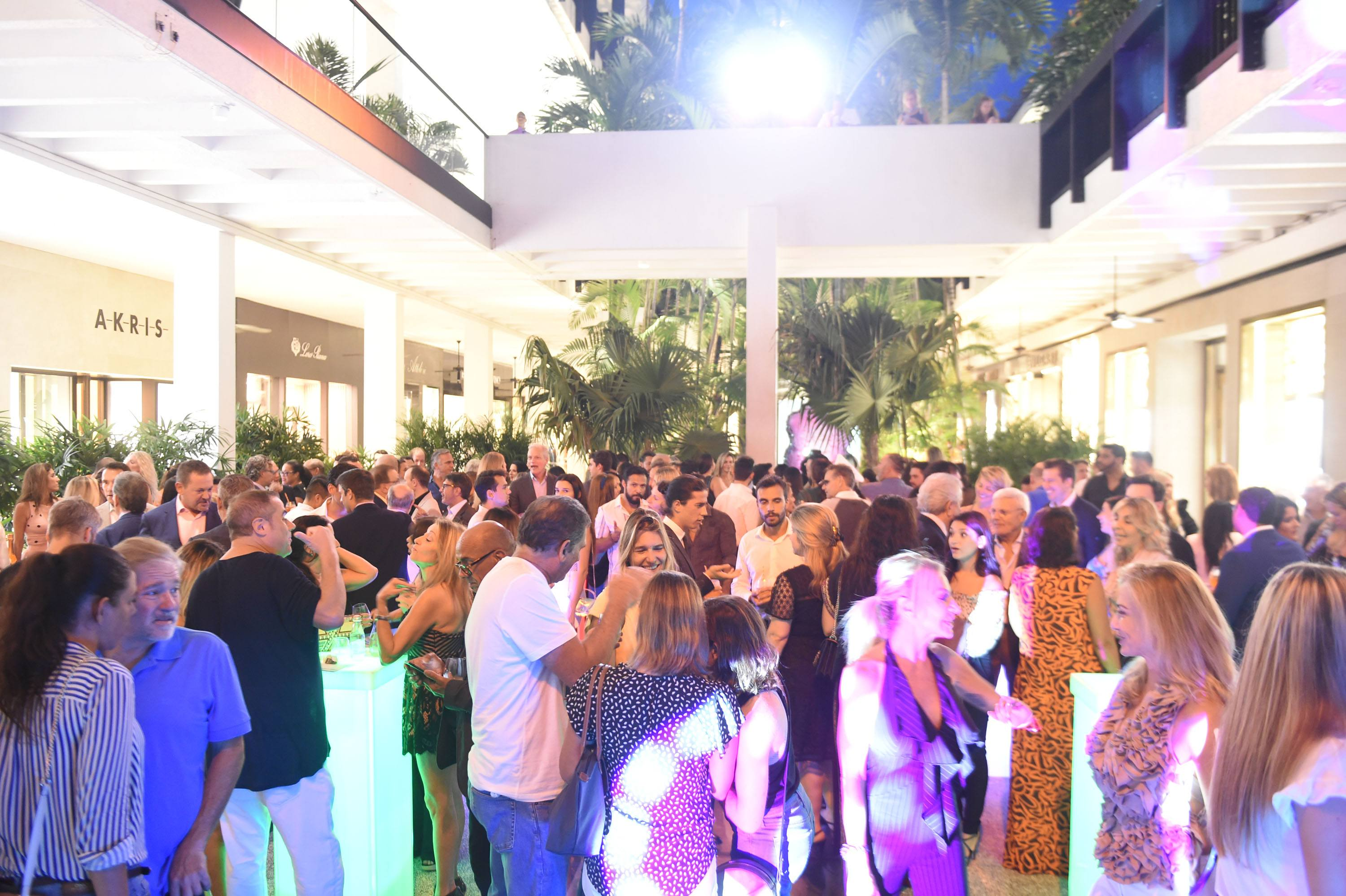 2nd Annual Italy in Miami kick-off cocktail reception was hosted in the Center Courtyard at Bal Harbour Shops