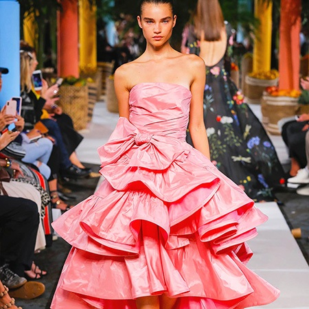 oscar-de-la-renta-atelier-dress-runway