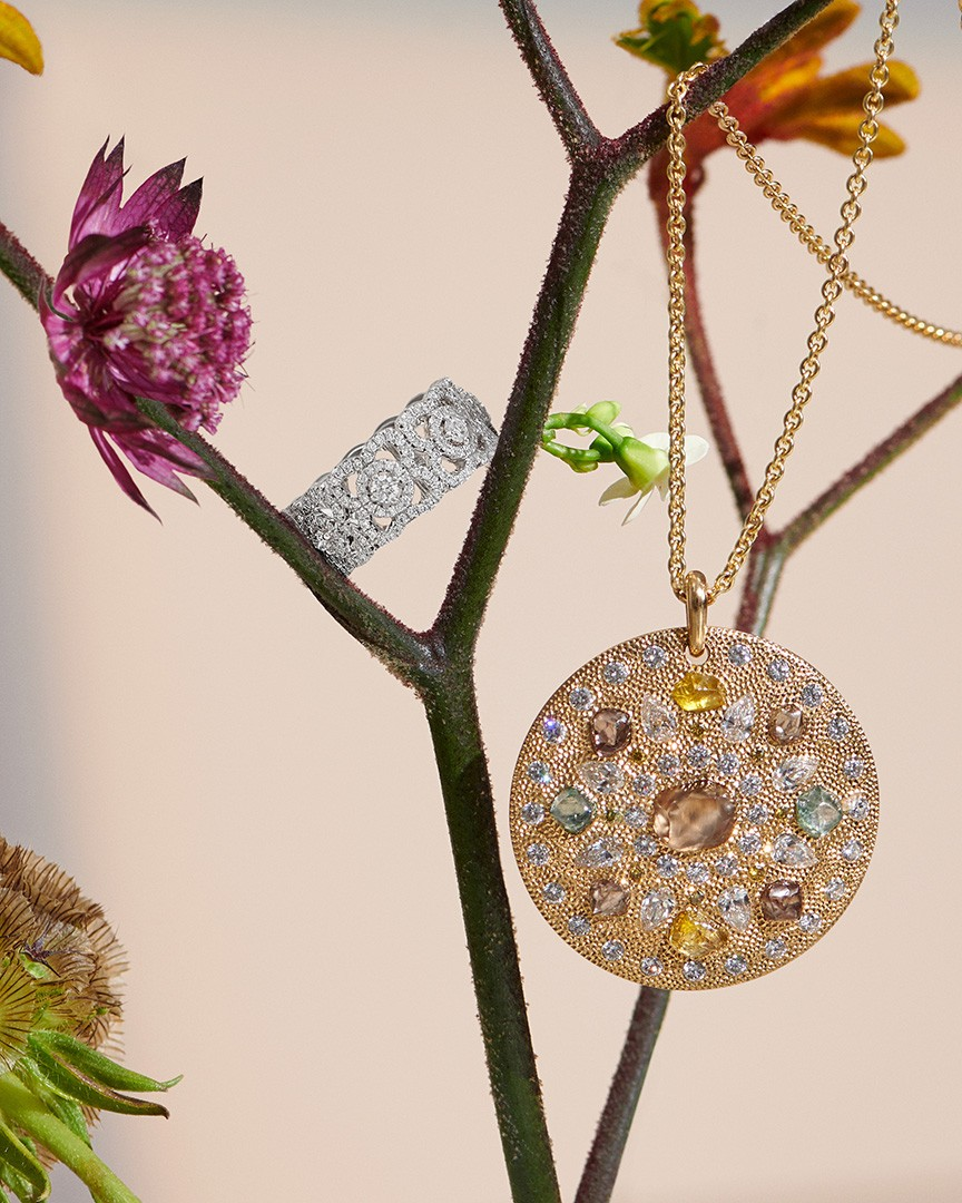 Talisman Spring medal and high Jewellery ring