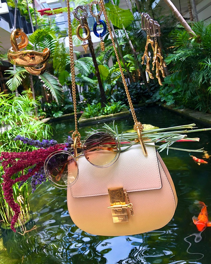 Chloé Mini Drew Shoulder Bag in color shading, Carlina Sunglasses, Trudie Cuff Bracelet, Bonnie Earrings and Palladium Mixed Material Earrings