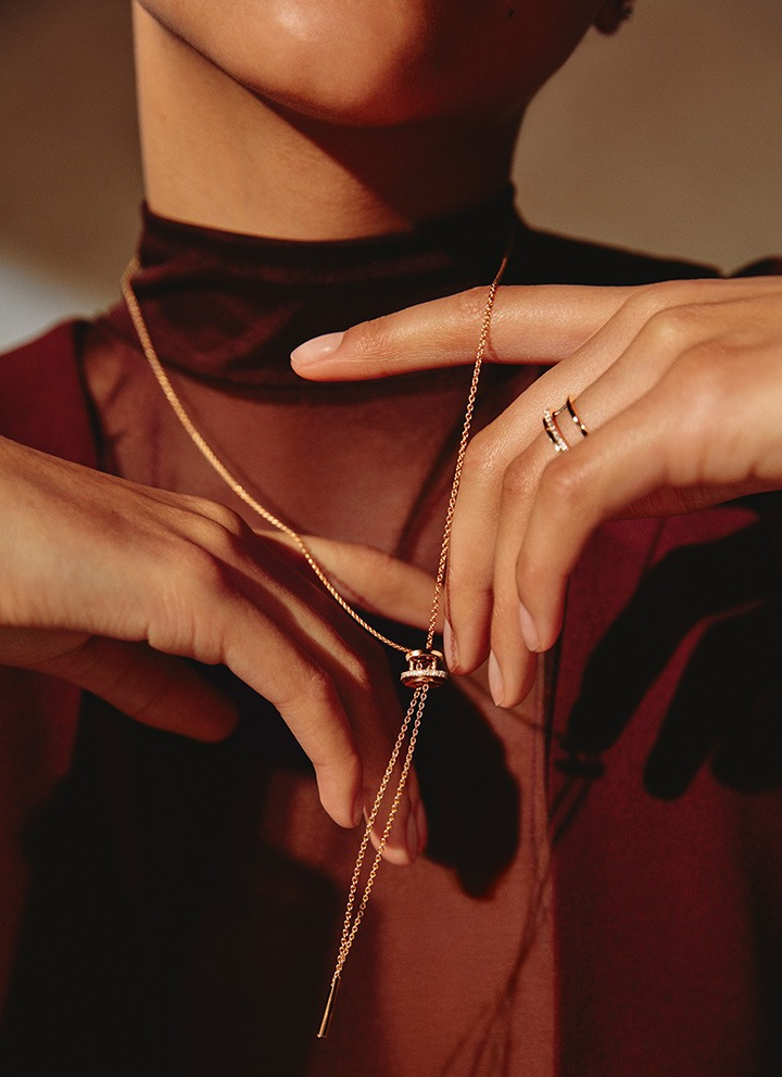 Horizon Necklace in Rose Gold and Horizon Ring in Rose Gold from the De Beers Horizon Collection