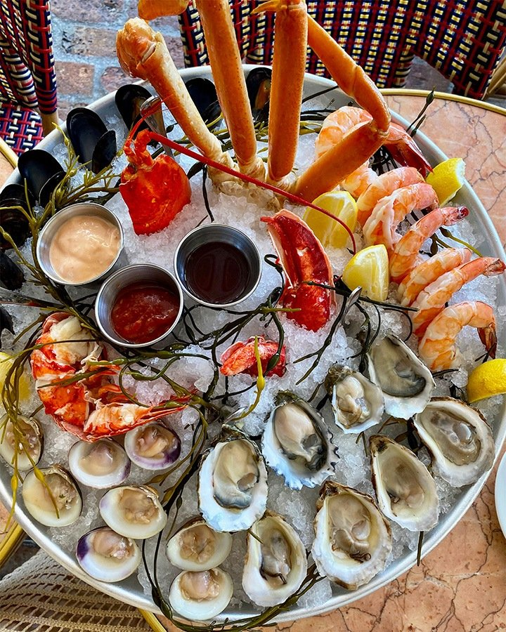 Le Zoo Bal Harbour's signature Seafood Platter as photographed by Dana (@miami_foodporn).