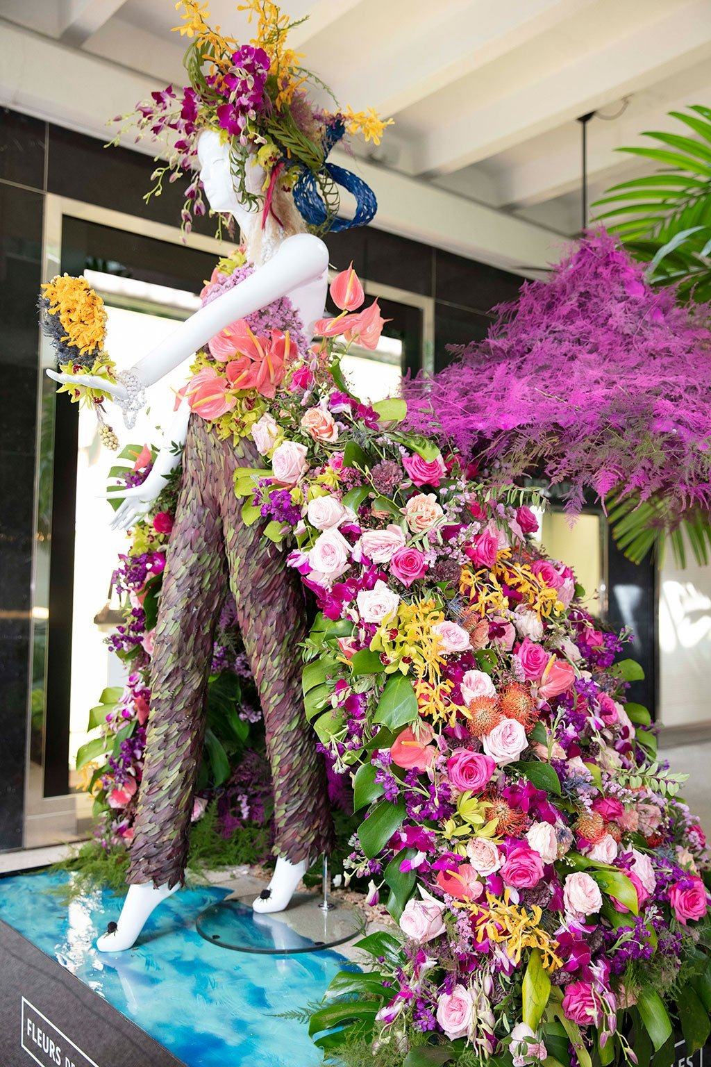Fisher Island Gives Mannequin Created by Hayal Flowers. Photo by Theodora Richter